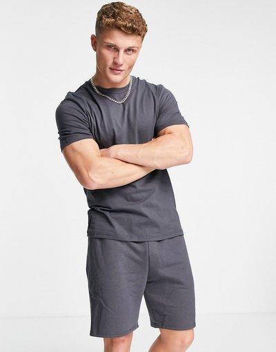 Novita Grigio uomo Completo nero con pantaloncini e T - River Island - Grigio - shirt