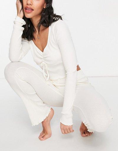 Pigiami Bianco donna Set pigiama a maniche lunghe a coste allacciato sul davanti, color écru - Topshop - Bianco