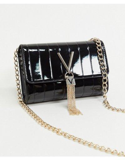 Borsa Nero donna Borsa a tracolla in vernice nera con patta e dettaglio con nappa - Valentino Bags - Divina - Nero
