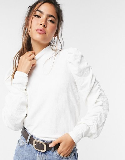 Bianco donna Vero Moda top with high neck and gathered sleeves in white - Bianco