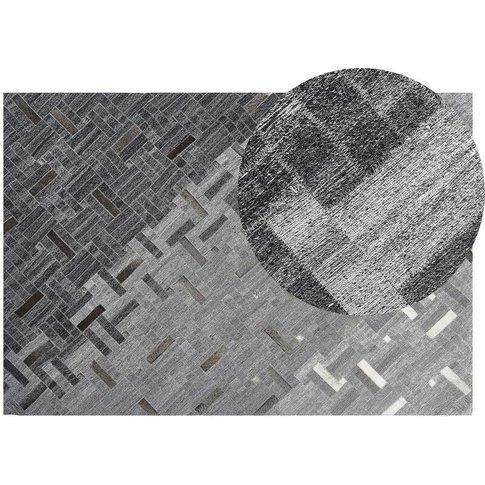 Leather Area Rug 140 X 200 Cm Grey Dara - Beliani