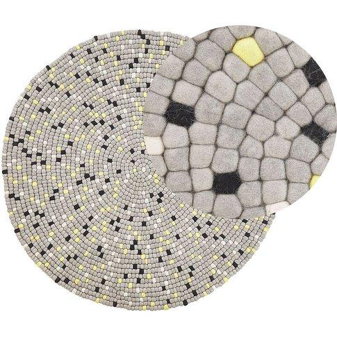 Round Felt Ball Area Rug Ø 140 Cm Light Grey Penek -...