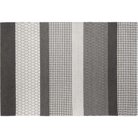 Wool Area Rug 140 X 200 Cm Grey Zeyne - Beliani