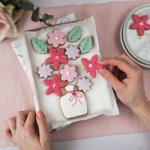 Vase Of Flowers Biscuit Platter