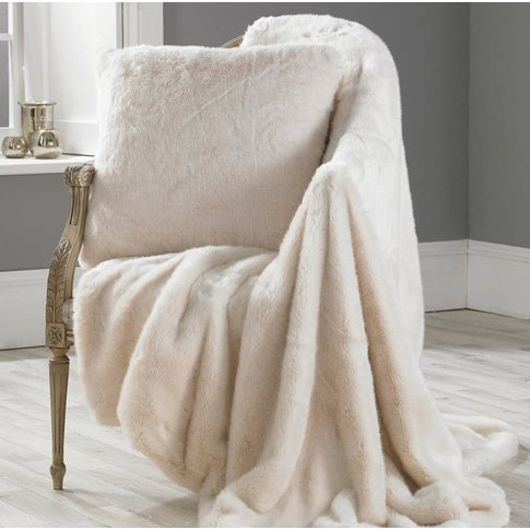 Luxurious Polar Bear Faux Fur Throw