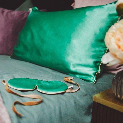 Holistic Silk Anti Ageing Silk Pillow Case, Cream/White