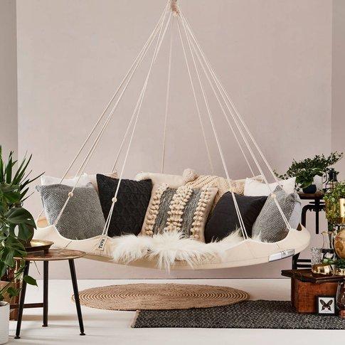 Indoor And Outdoor Hanging Chair