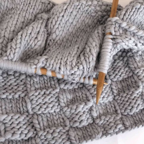 Knit Your Own Bounty Throw In Stormy Grey