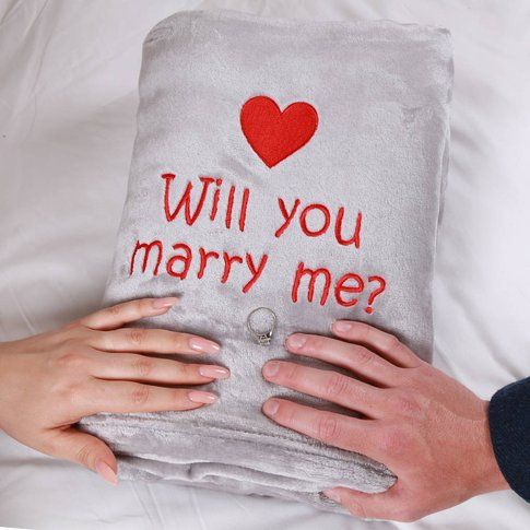 'Will You Marry Me?' Personalised Proposal Blanket