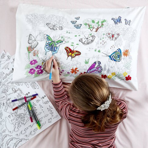 Butterfly Pillowcase Kit + 10 Pens, Colour In And Learn