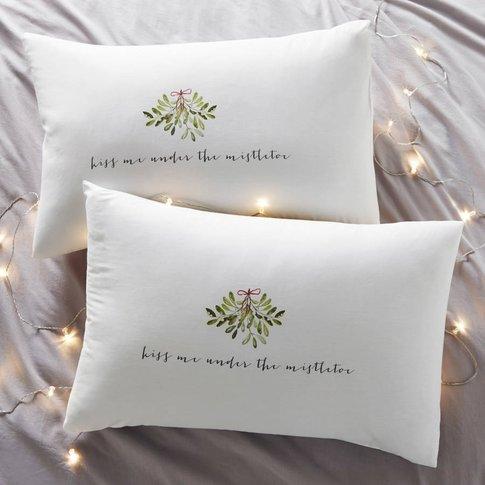 Kiss Me Couples Christmas Pillowcases