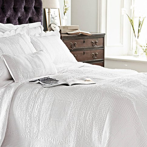 White Quilted Pure Cotton Single Bedspread