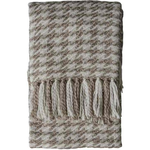 Gallery Direct Houndstooth Woven Throw In Oatmeal Cream