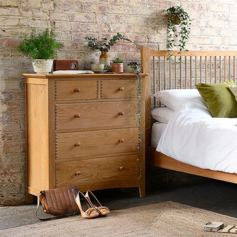 Milton Oak 2 Over 3 Chest Of Drawers