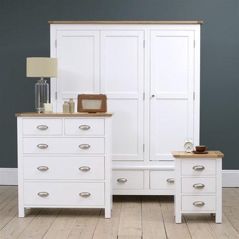 Snowshill Pure White Bedroom Set With Triple Wardrobe