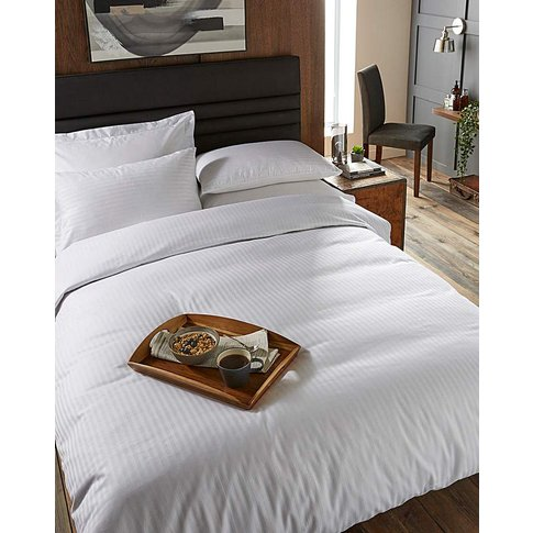 225 Thread Count White Duvet Cover Set