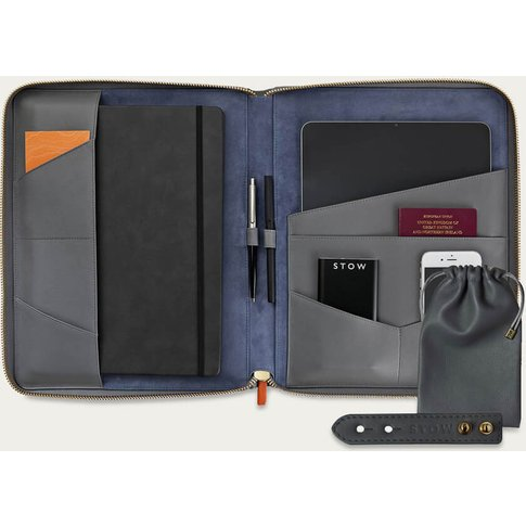 Quiet Shade & Blue Jeans The Executive Folio Leather Tech Set