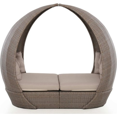 Maze Rattan Harrogate Daybed With Weatherproof Cushions