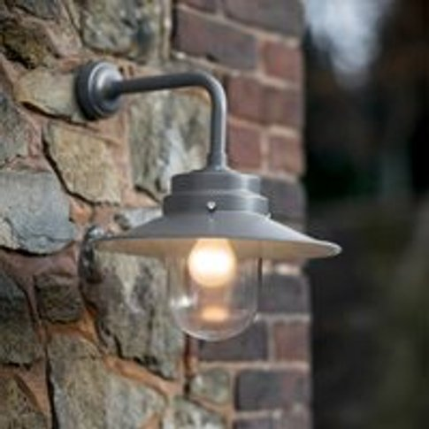 Garden Trading Belfast Mounted Garden Wall Light in ...