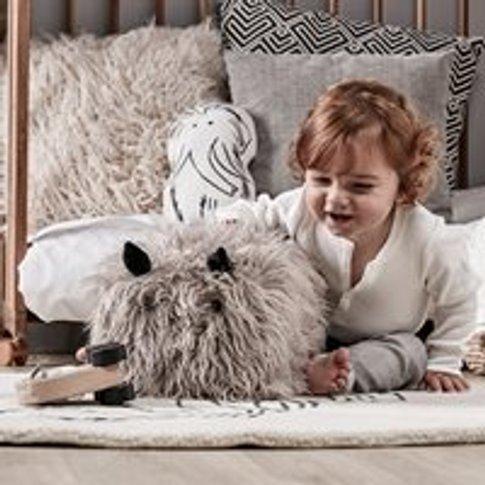 Neo Fluffy Seat Pouf Toy