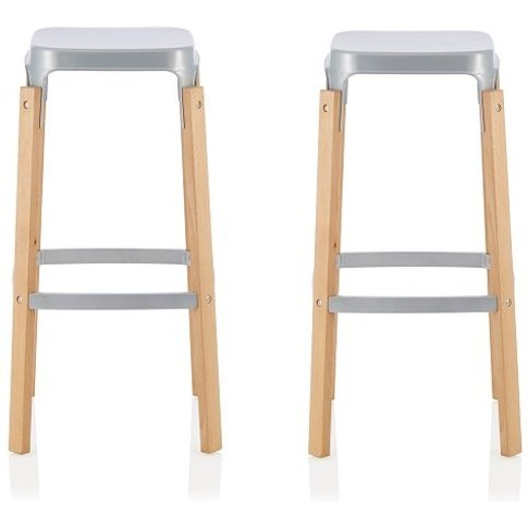 Hoker 66cm Bar Stools In Glossy Silver In A Pair