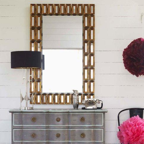 Pez Mirror