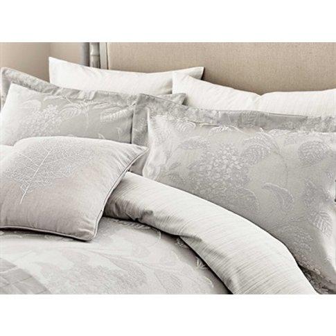 Hortensia Blossom Oxford Pillowcase Silver