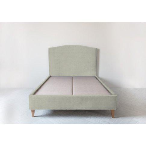 Astor 5' King Size Bed Frame In Dover Cliffs