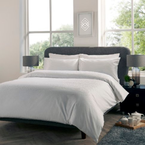 Luxe 400 Thread Count Duvet Cover And Pillowcase Set - White / Double