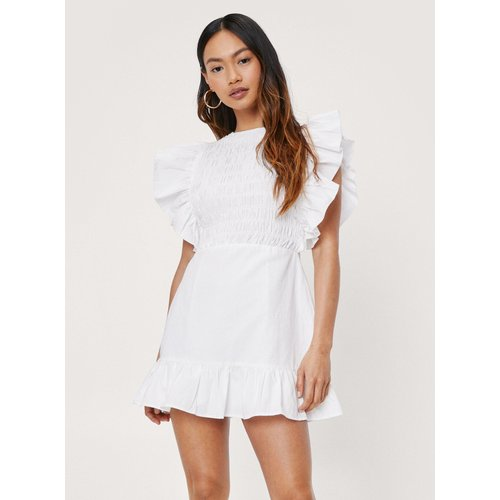 Womens Petite Shirred Ruffle Mini Dress - Nasty Gal - Modalova