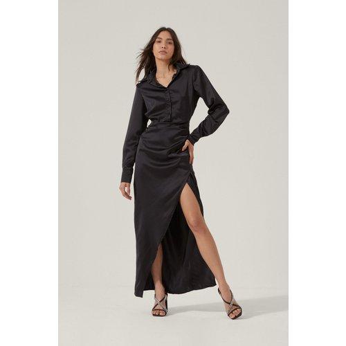 Satin Wrap Maxi Shirt Dress - Nasty Gal - Modalova