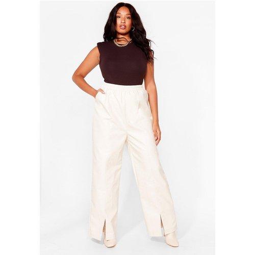 Womens Grande Taille - Pantalon Large Fendu En Similicuir Froc 'N' Roll - Nasty Gal - Modalova