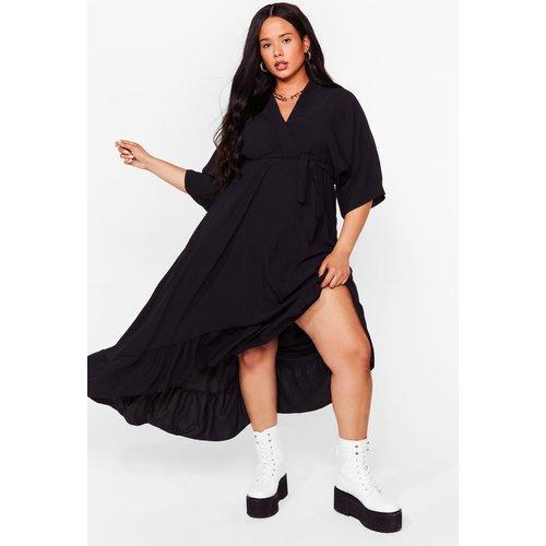 Womens Grande Taille - Dressing Gown Longue Ceinturée À Ourlet Volanté Ne Te Dédressing Gown Pas - Nasty Gal - Modalova
