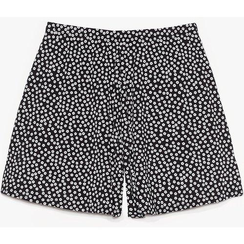 Womens Short Taille Haute À Imprimé Fleuri - Nasty Gal - Modalova