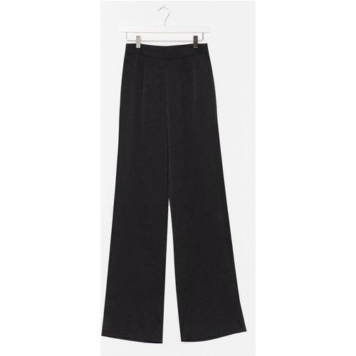 Womens Pantalon Large En Satin À Taille Haute - Nasty Gal - Modalova