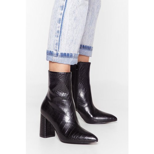 Womens Bottines Pointues En Similicuir Effet Croco Ma Botte Secrète - Nasty Gal - Modalova
