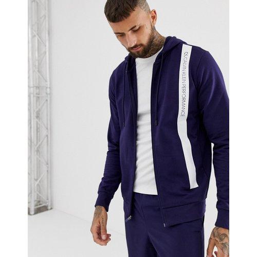 Sweatshirt & Hoodie Sale - Calvin Klein Performance - Kapuzenpullover mit Streifenlogo und Reißverschluss - Navy