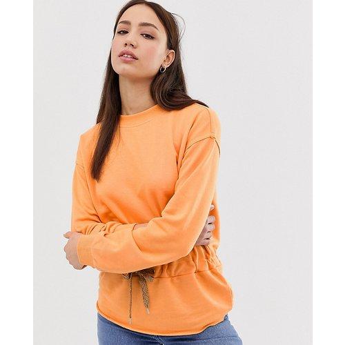 Sweatshirt & Hoodie im Sale - Vero Moda Tall - Helles Sweatshirt mit Taillenschnürung - Rosa