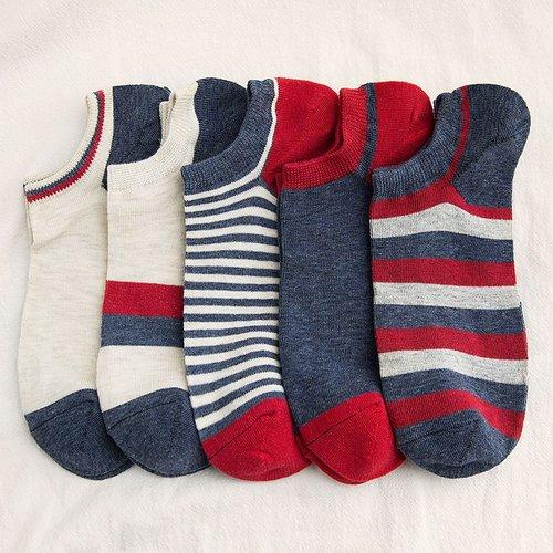 Paire Chaussettes à rayures - SHEIN - Modalova