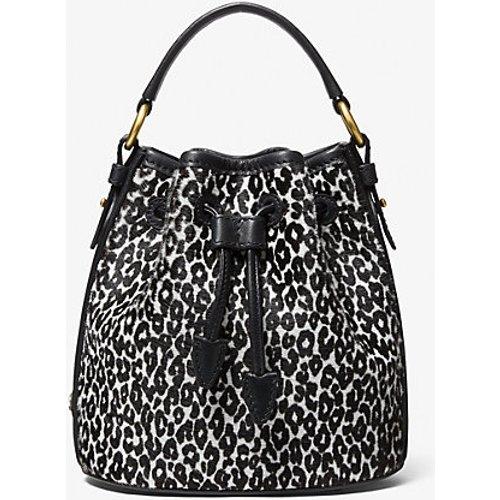 MK Petit sac seau Monogramme en poil de vachette à imprimé léopard - /BLANC() - Michael Kors - MICHAEL KORS COLLECTION - Modalova
