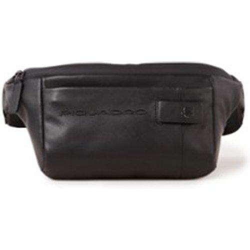 Sac ceinture en cuir avec logo - Piquadro - Modalova
