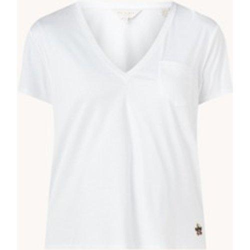 T-shirt avec col en V et poche potrine - Ted Baker - Modalova