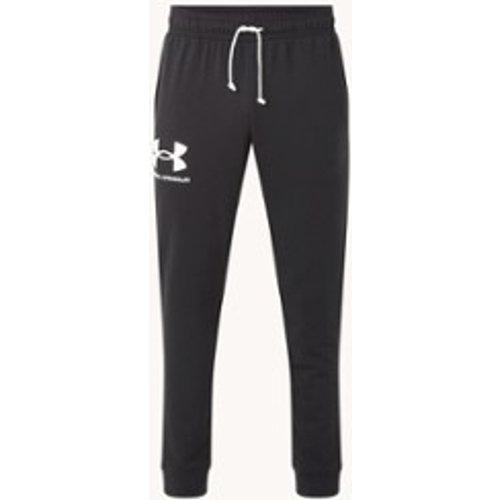 Pantalon de jogging Rival Terry coupe ajustée avec logo imprimé et poches latérales - Under Armour - Modalova