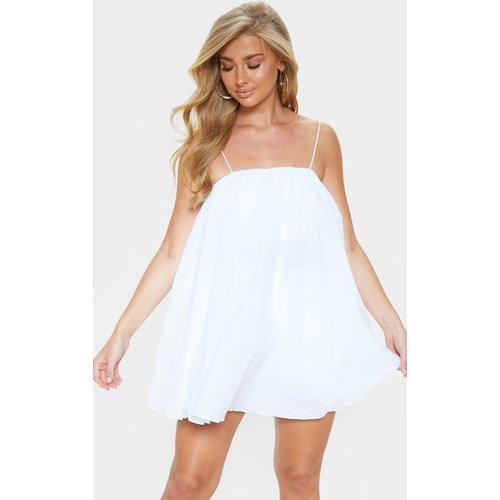 Robe de plage blanche bouffante à bretelles fines - PrettyLittleThing - Modalova