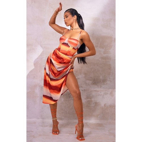 Jupe mi-longue imprimé abstrait à côtés froncés - PrettyLittleThing - Modalova