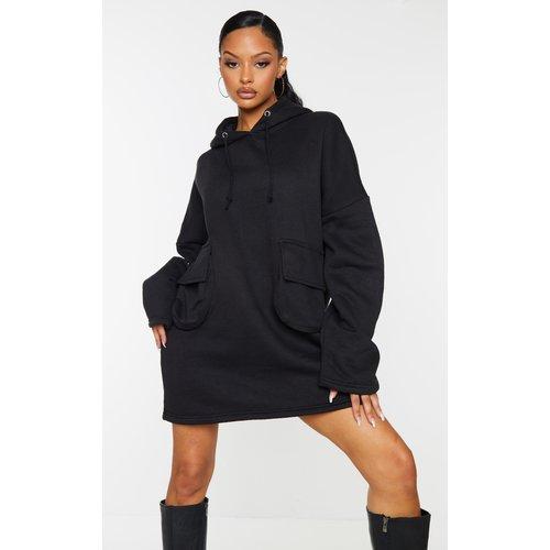 Robe pull oversize en sweat à détail poches et capuche - PrettyLittleThing - Modalova