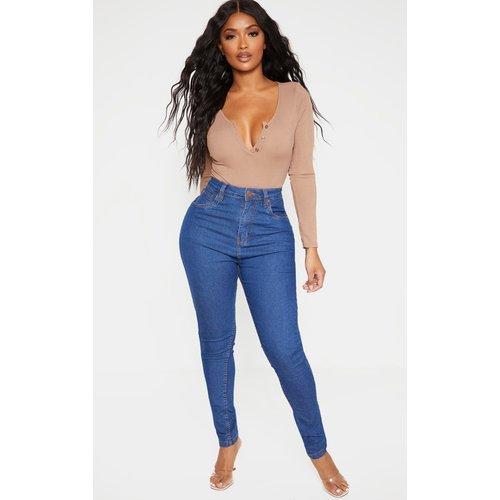 Shape - Jean skinny super stretch taille haute moyennement délavé - PrettyLittleThing - Modalova