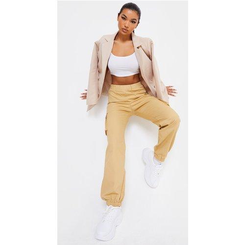 Pantalon cargo avec poches - PrettyLittleThing - Modalova