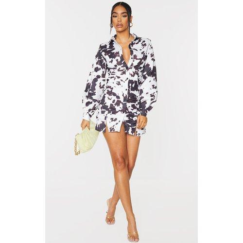 Robe chemise en maille imprimé vache à manches longues et fronces - PrettyLittleThing - Modalova