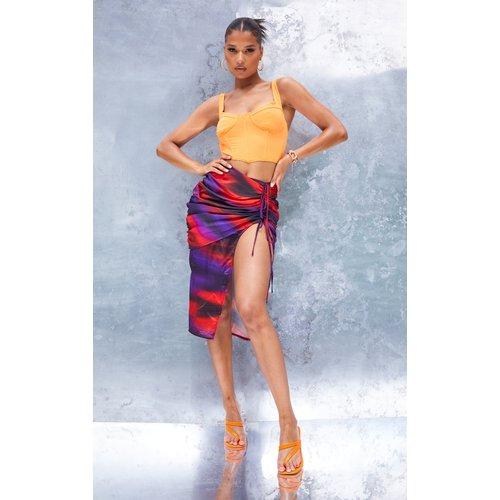 Jupe mi-longue satinée violette imprimé abstrait effet froncé - PrettyLittleThing - Modalova